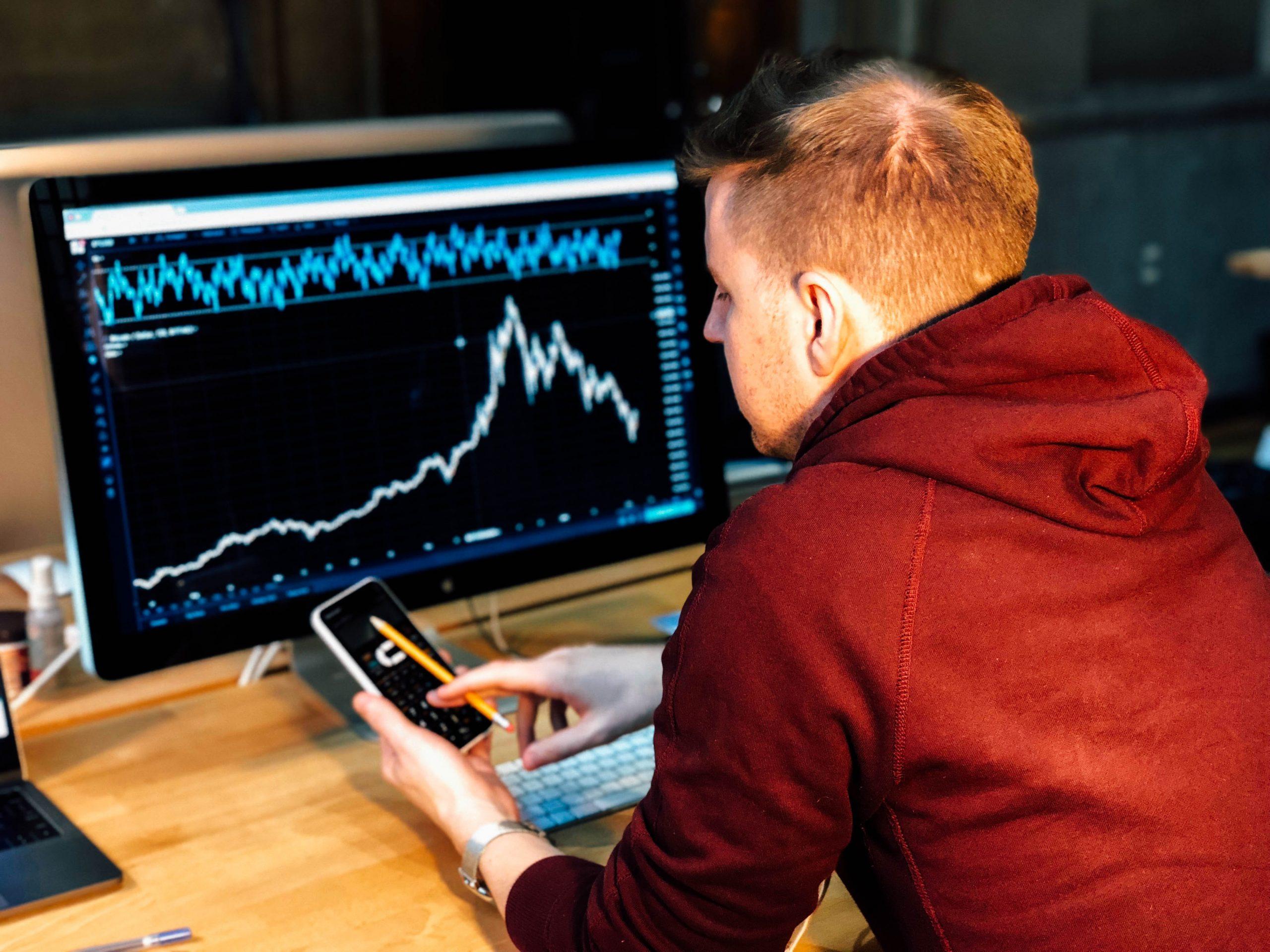 Mixed Results at Stock Market Close